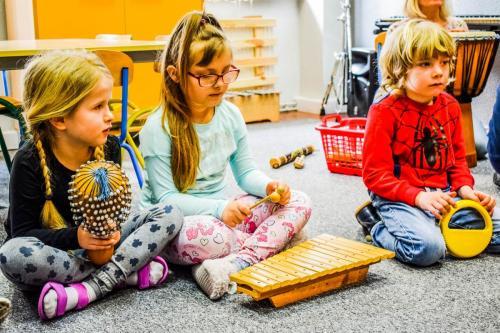 muzyka-nauka gry na instrumentach