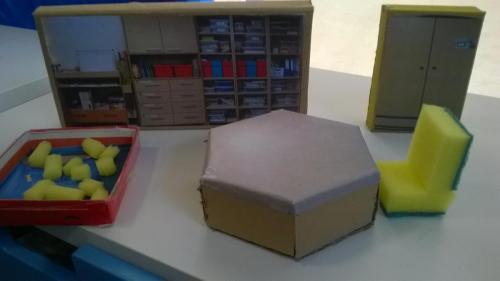 Tworzenie makiety sali zprzygotowanych elementów