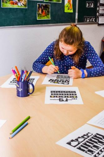 nauka czytania-tworzenie ilustracji do tekstu melodycznego AAC